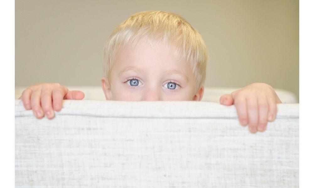 Baby Peeping.
